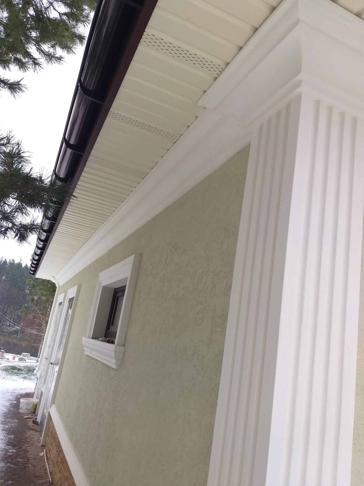 декор полиуретаном фасада