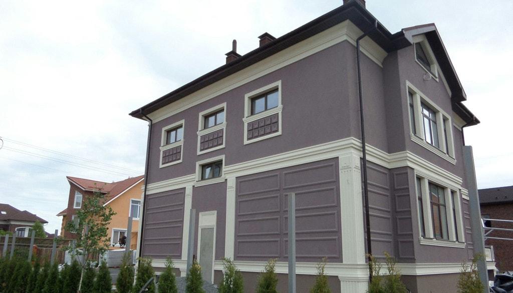 Дизайн фасада с лепниной