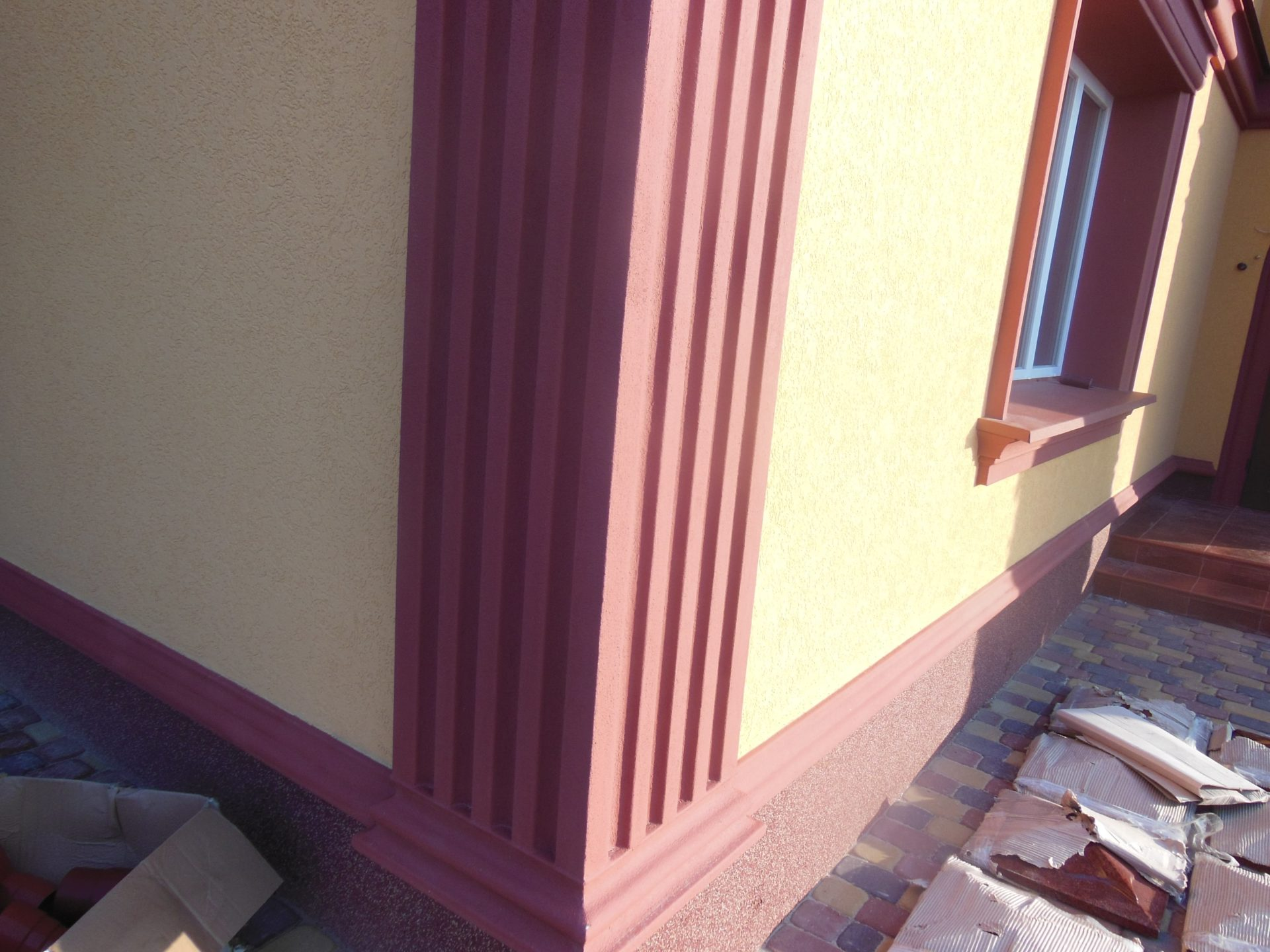 проект дома с лепниной